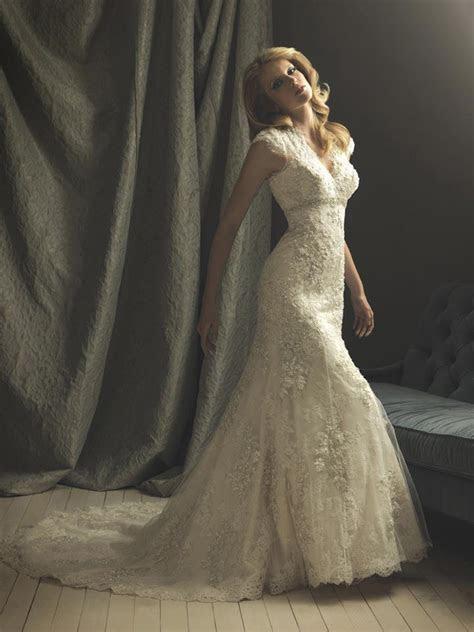Ivory Lace Mermaid/Trumpet Formal Vintage Wedding Dresses