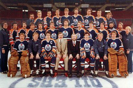 1979-80 Edmonton Oilers team photo 1979-80EdmontonOilersteam.jpg
