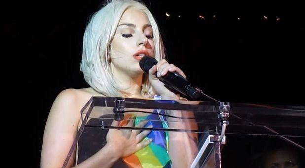 Lady GaGa : NYC Gay Pride (June 2013) photo gaga-gay-pridepng.jpg