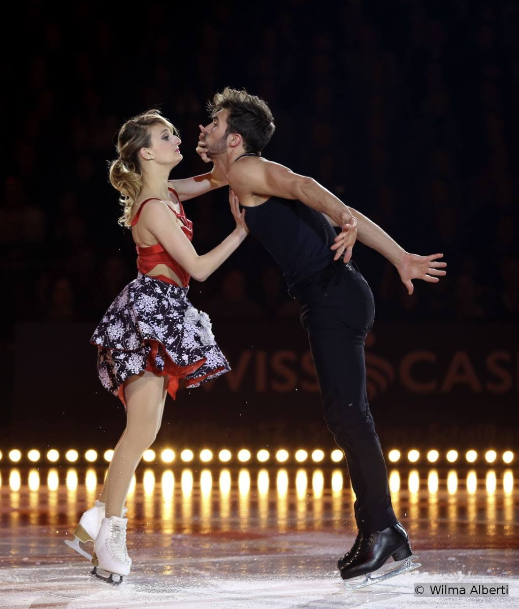 "Gabriella Papadakis and Guillaume Cizeron skating to Marc Sway singing ""Non, non, non"" and ""Severina"""