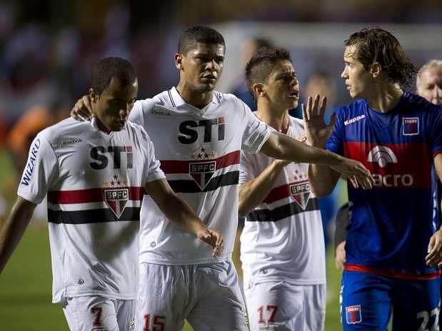 Confusão entre São Paulo e Tigre será investigada pela Conmebol Foto: Bruno Santos / Terra