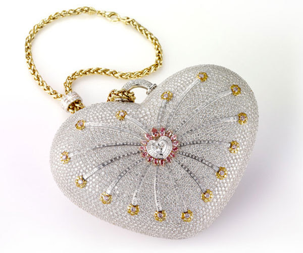 http://www.extravaganzi.com/wp-content/uploads/2011/02/Mouawad-1001-Nights-Diamond-Purse-1.jpg