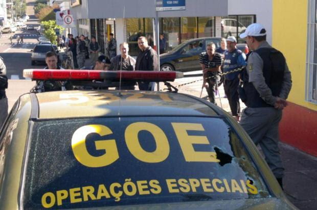 Grupo tenta roubar banco em Parobé e policial fica ferido em tiroteio Miro de Souza/Agência RBS
