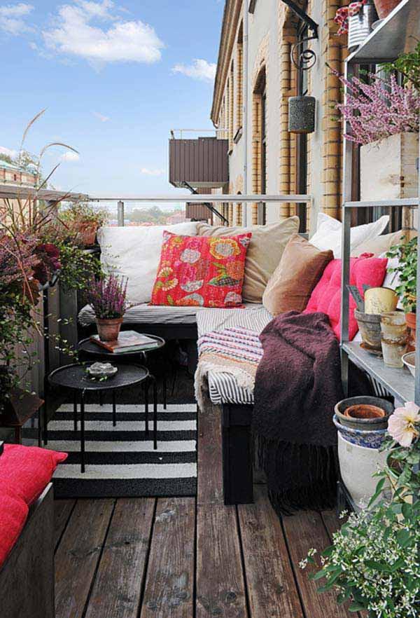 Small-Balcony-Garden-ideas-12