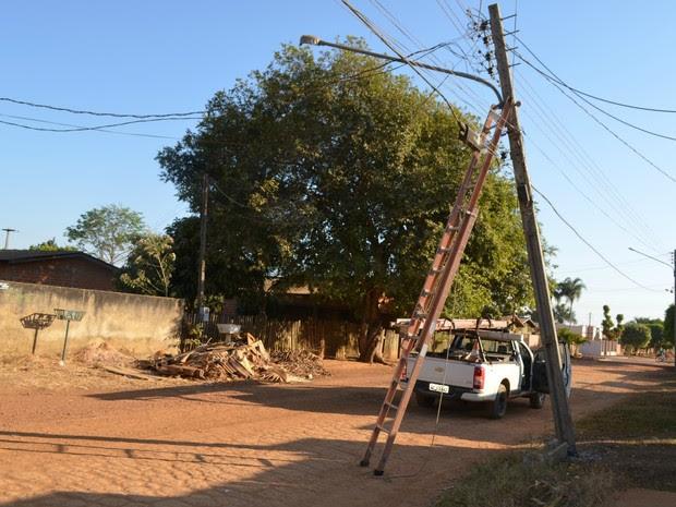 Eletrobras realizou manutenção no local e energia foi restabelecida (Foto: Eliete Marques/G1)