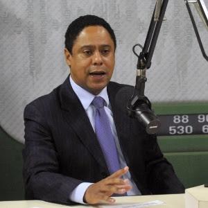 Por transparência, Orlando Silva diz  que o Brasil precisa aprender com experiências internacionais