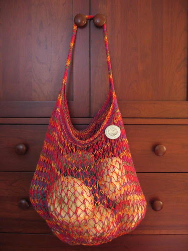 String bag and yarn