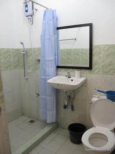 costales-nature-farms-bathroom.jpg