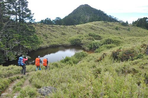亞美池與遠方的池有山