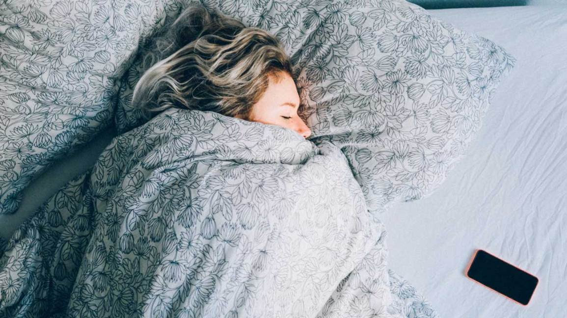 Side effects of melatonin: What are the risks?