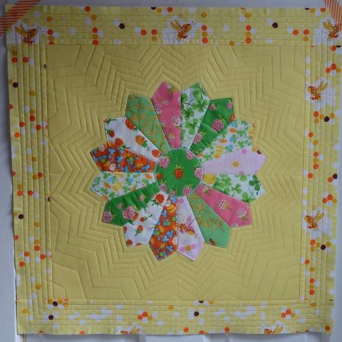 Dresden plate pillow top