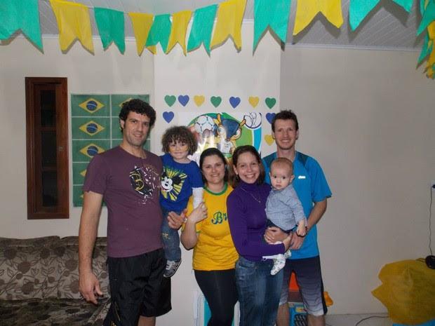 Familia sosia david luiz (Foto: Laura Bedin)