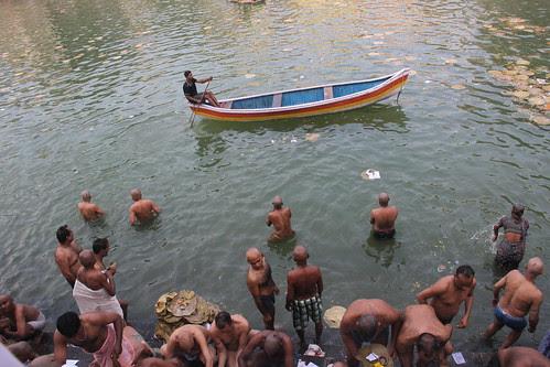 Zindagi Ek Nao Hai  ..Internet Ke Bad Duniya Ek Gaon Hai by firoze shakir photographerno1