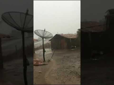 Chuva de granizo surpreende moradores da zona rural de Lima Campos