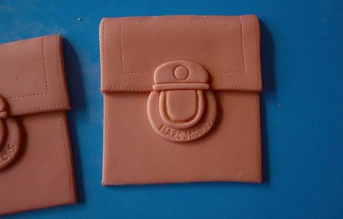 MJ bag cake - pocket
