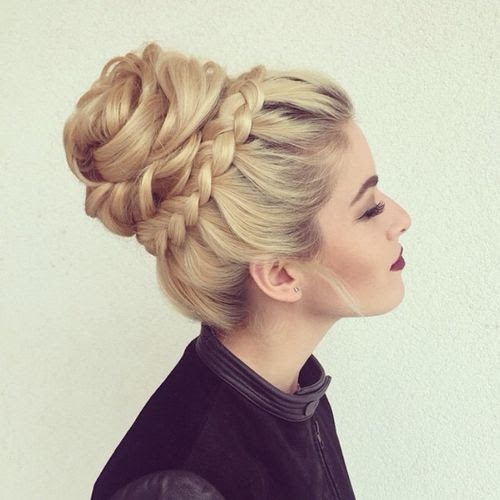 beautiful textured bun with a braid around