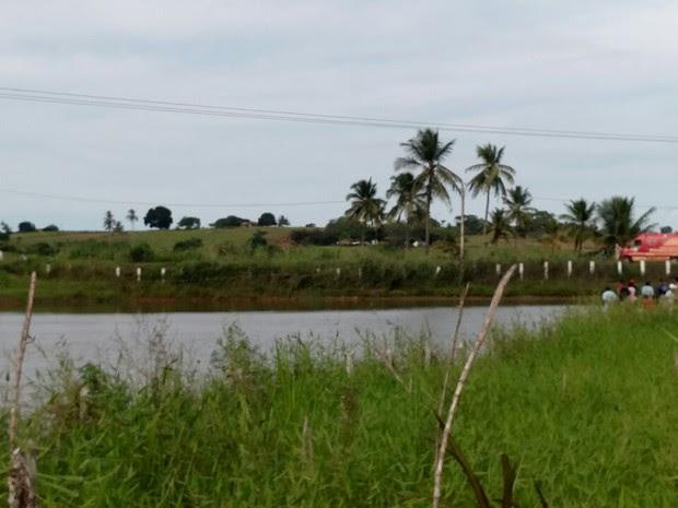 Açude de fazenda em Glória do Goitá, na Zona da Mata Norte, onde três adolescentes morreram afogados (Foto: Bruno Grubertt/TV Globo)