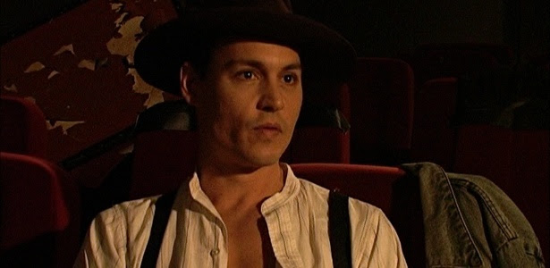 """Johnny Depp em cena de """"Caravana Cigana"""", de Jasmine Dellal, com sessões nos dias 11 e 16 de junho"""