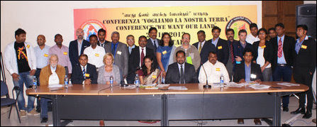 Activists and elected representatives of Eezham Tamils at the meeting in Italy with TNPF politicians
