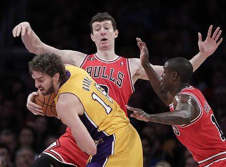 Bulls Lakers Basketball