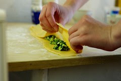 Ravioolide tegemine / Making ravioli