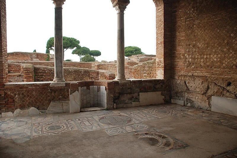 File:Ostia antica 474.JPG