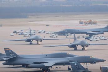 Bombardieri Usa in volo sulla Corea