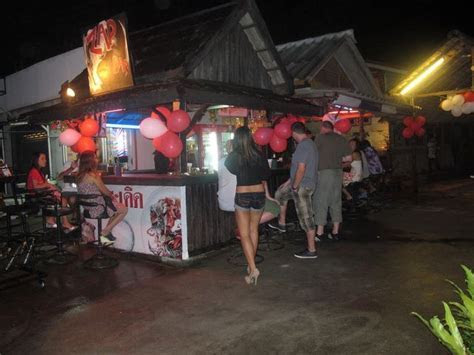Bars & nightlife   Koh Chang Tourism   Thailand