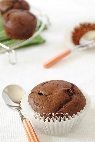 Muffins al Cacao Ripieni di Zucca e Cioccolato-Cocoa Muffins with Pumpkin and Chocolate Filling