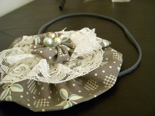 Grey and Lace Headband side