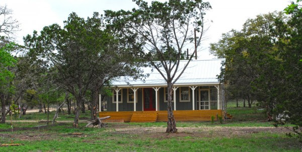 kanga 480sqft cottage 02 600x303   480 Sq. Ft. Kanga Cottage Cabin with Screened Porch