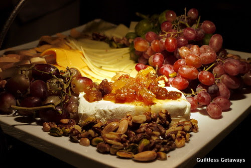 cheese-and-fruit-platter.jpg