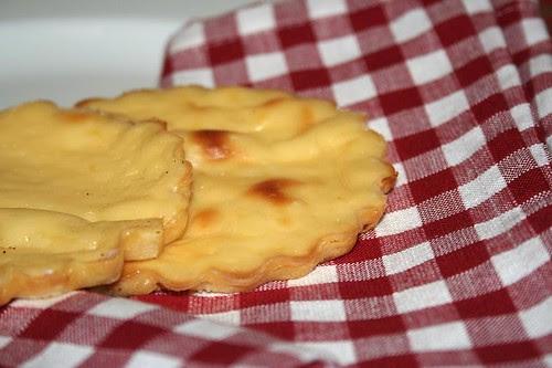 Tortine al formaggio bianco e limone