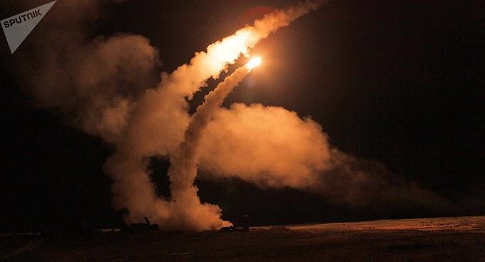 Especialista indica fatores que permitem os S-400 superar defesa americana