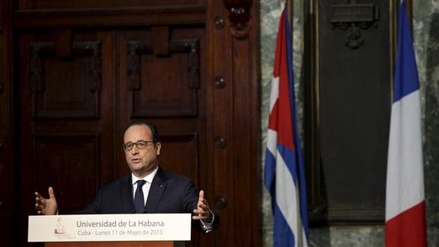 François Hollande, le premier président français à se rendre à Cuba, a prononcé un discours à l'Université de la Havane, lundi.