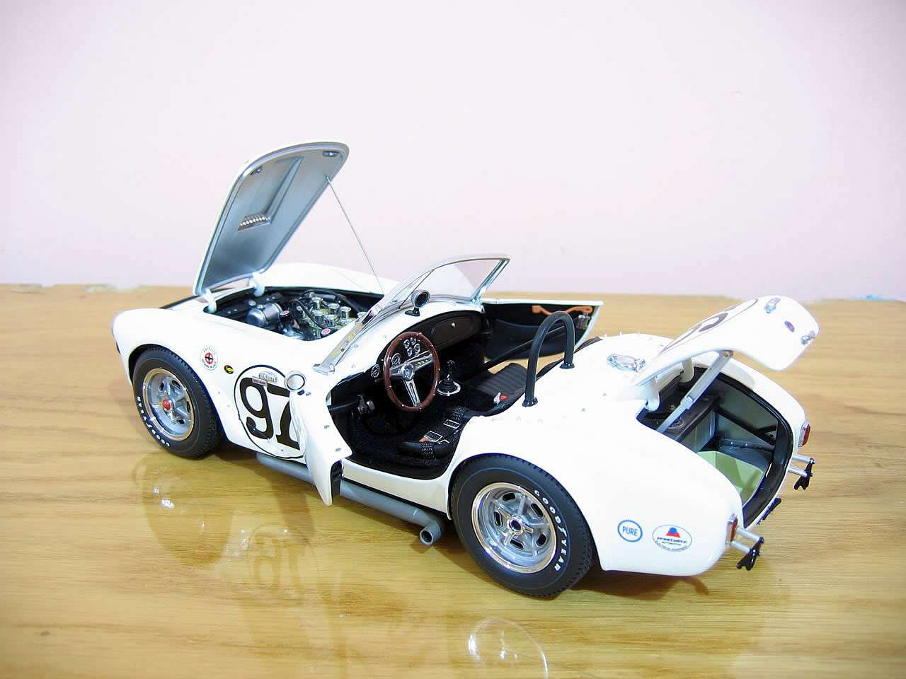 The best model cars of the World - Exoto AC Cobra | Used