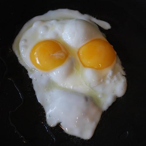 Double-yolk egg face!