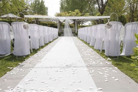 10  images about Wedding Aisle runners on Pinterest