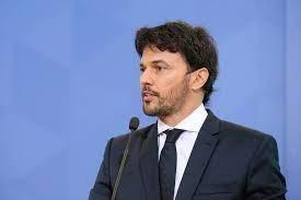 Malafaia 'denuncia' jantar de ministros com Renan Calheiros e cita Fábio Faria