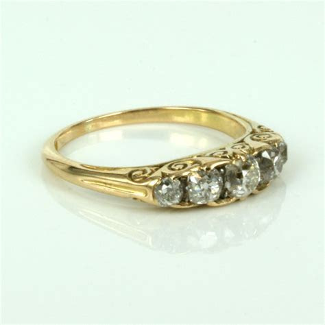 Buy 18ct antique diamond engagement ring in yellow gold