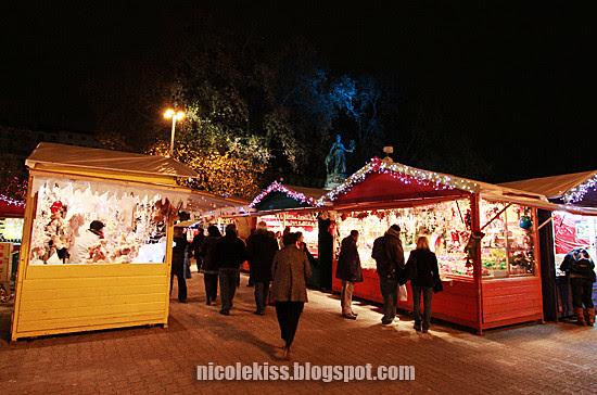 lyon christmas night market