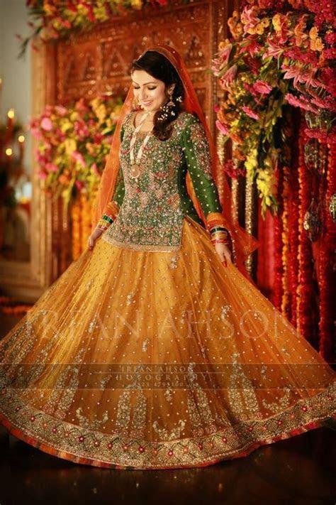 Pakistani Mehndi Dresses 2019 For Wedding Brides