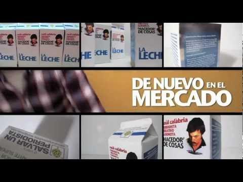 video que muestra como un periodista en paro se inventa un curriculum en forma de brick de leche