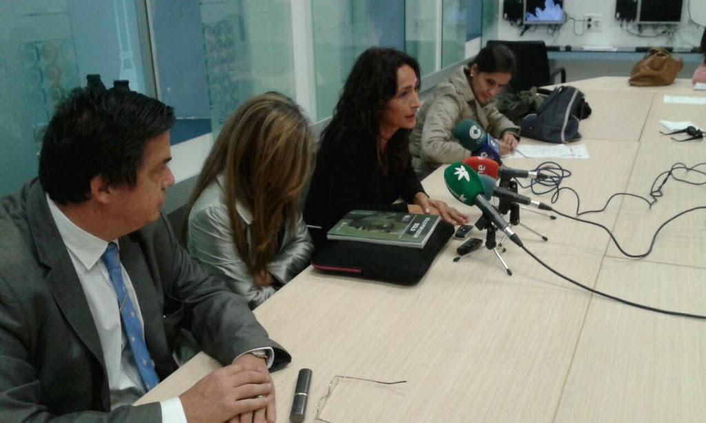 Presentación informe Sólo por estar solo en Melilla