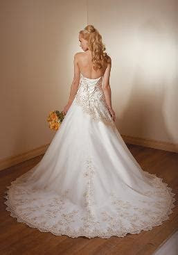 Wedding Rentals, Wedding Gowns & Favors in Vancouver