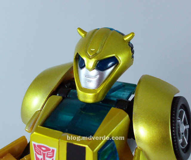 Transformers Jetpack Bumblebee Animated - modo robot