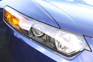 2011 Acura TSX Sport Wagon headlights
