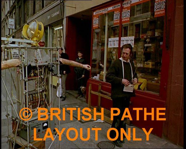 Bruce Lacey RosaBosom robot lacey12 x640 1965   ROSA BOSOM   Bruce Lacey (British)