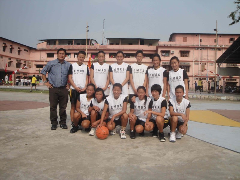 The EMRS Basketball team. Image used with permission