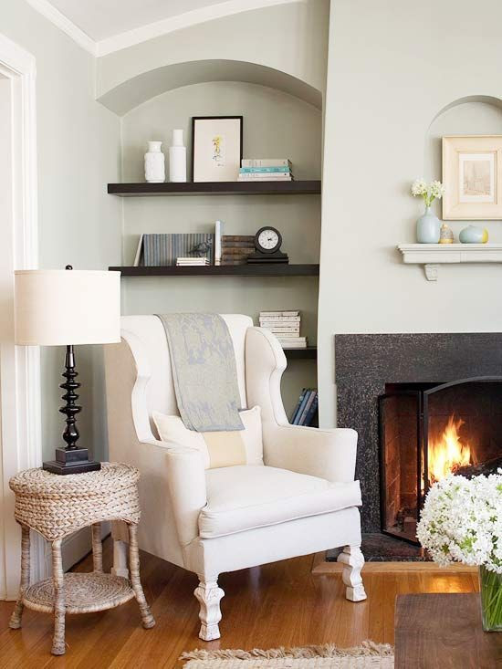 sitting nook + wall color